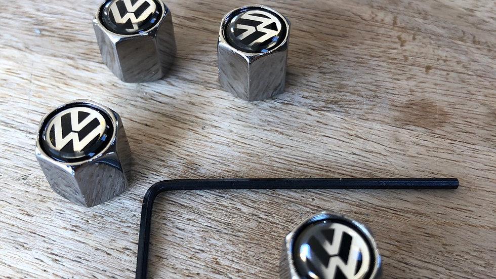 Locking valve caps