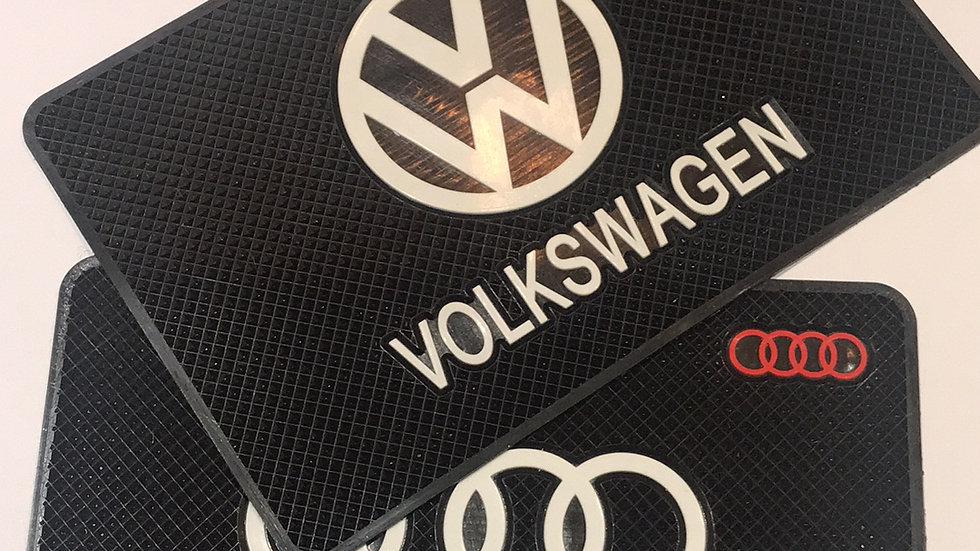 VW & Audi dash mats