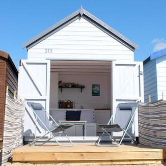 Mersea Beach Hut 213 - Cool Coastal Huts