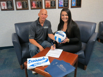 Grace Balcazar Signs with Broward College