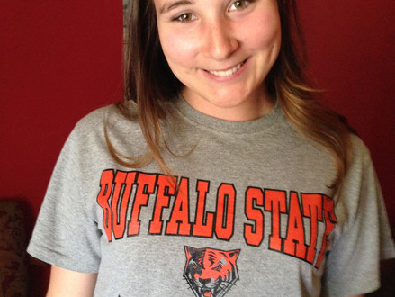 Courtney White Commits to Buffalo State