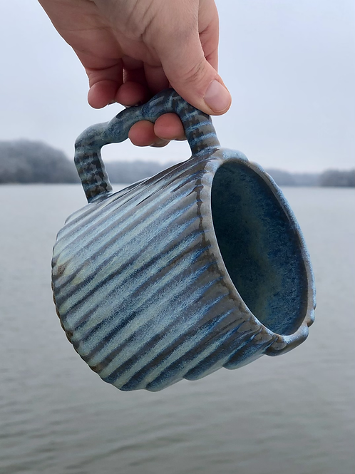 Gozer Mug with Diagonal Texture in Opal over Speckle