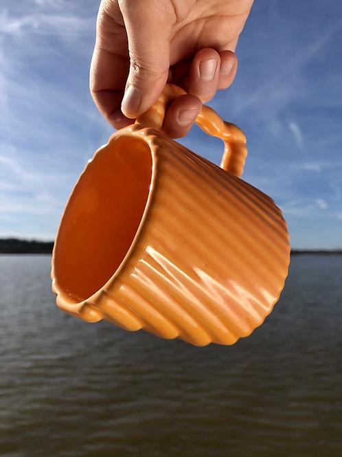 Gozer Mug with Diagonal Texture in Orange