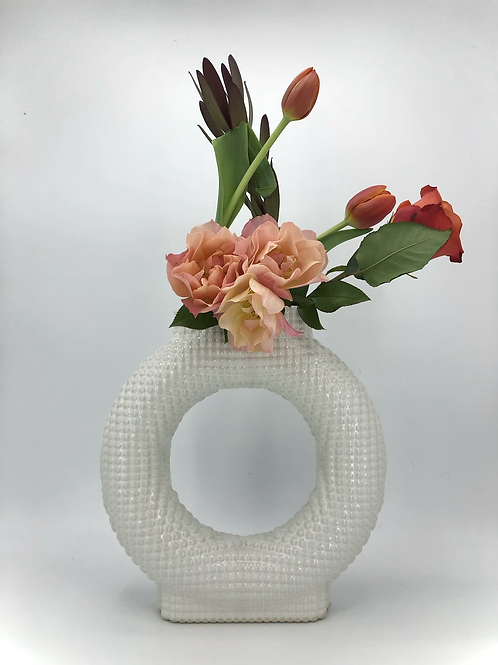 Falkor Vase with Dimple Texture in White