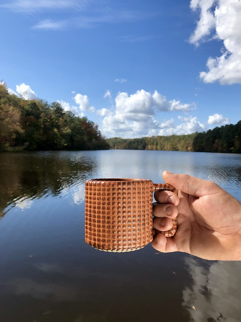 Gozer Mug with Grid Dimple Texture in Hibiscus Shino over Speckle