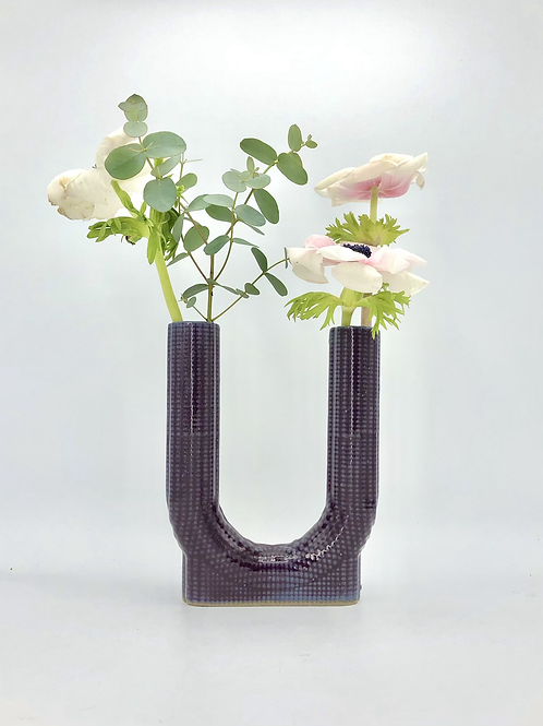 Lucky Vase in Dimple Texture in Pansy Purple on Speckle
