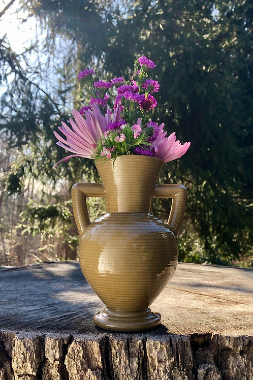Peanut Vase with Horizontal Texture in Ochre over Speckle