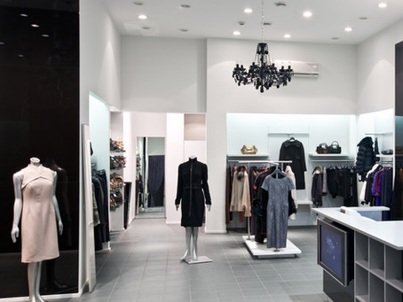 Back-to-Basics : The captivating five senses of a real store