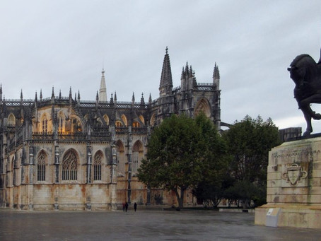 End of Idea of War in Emanuel Pimenta's electronic opera at Batalha Monastery, Portugal, UNESCO site