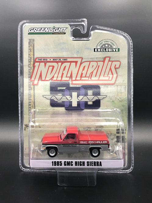 Greenlight Hobby Exclusive 1985 GMC High Sierra Indy Hauler