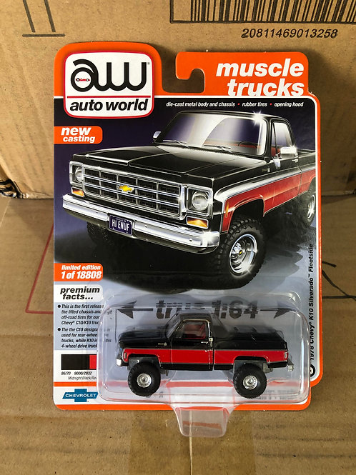 Auto World 1978 Chevy K10 Silverado Fleetside 4x4 Truck