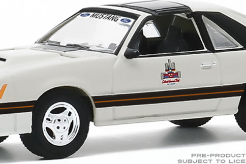 Greenlight Hobby Exclusive 1979 Ford Mustang Grand Prix Official Pace Car