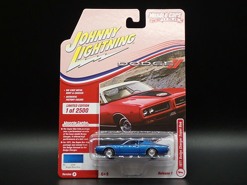 Johnny Lightning Muscle Cars 1 1971 Dodge Charger Super Bee