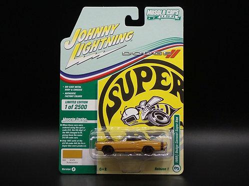 Johnny Lightning Muscle Cars 1 1969 Dodge Coronet Super Bee