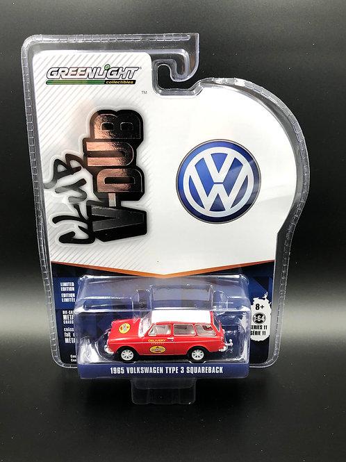 Greenlight Club V-Dub 11 1965 VW Squareback