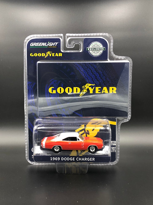 Greenlight Hobby Exclusive Goodyear 1969 Dodge Charger