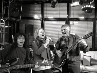 ARCHIV//LIVE beim FLATSEBATSER: Allmountain Trio - Silke Allenberg, Stips & Doc Ritchie