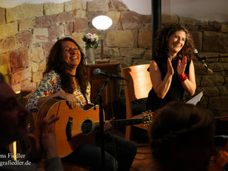 Archiv: Monday Music: Zelia Fonseca & Magdalena Matthey feat. Angela Frontera
