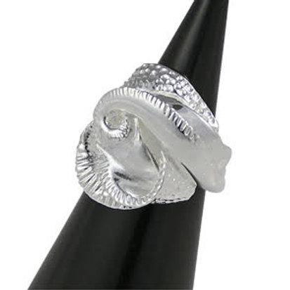 Regina Flower Ring