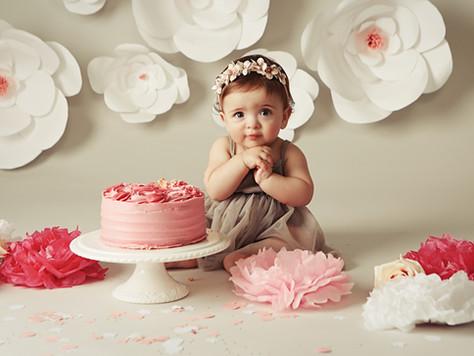 First Birthday Cake Smash Photoshoot | Celebrate Turning ONE in Style