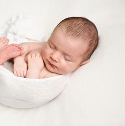 newborn-baby-photos-cornwall-uk.jpg