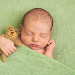 newborn-baby-photos-cornwall.jpg