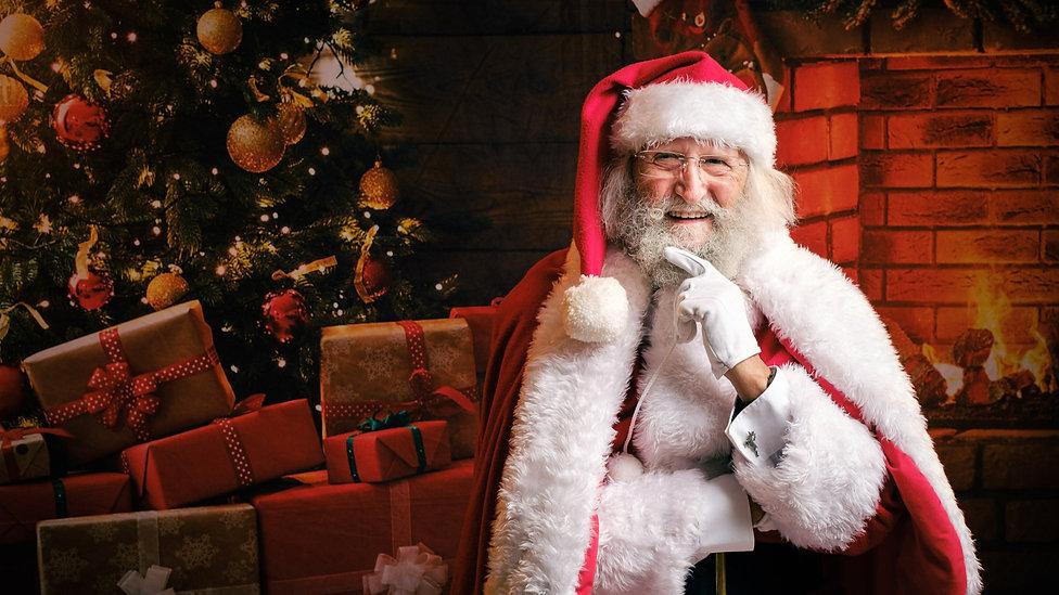 Santa2021-2_edited.jpg