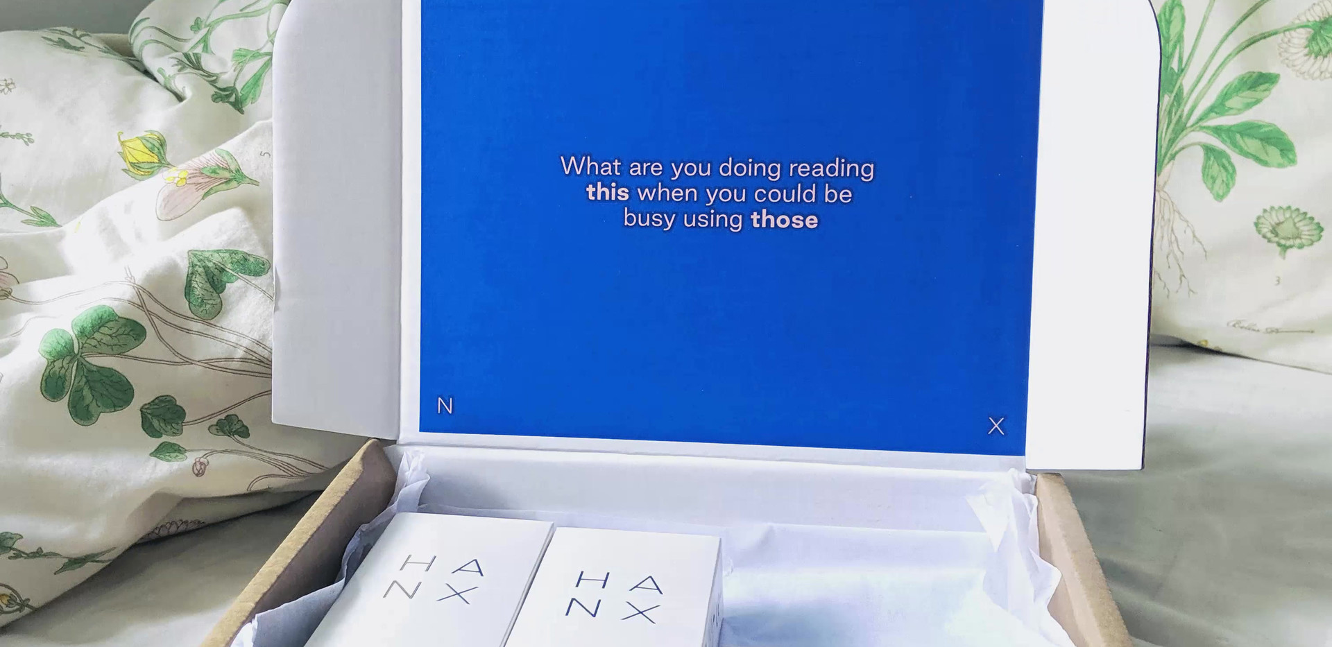 HANX | Unboxing GIF