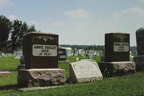 Annie Oakley Gravesite