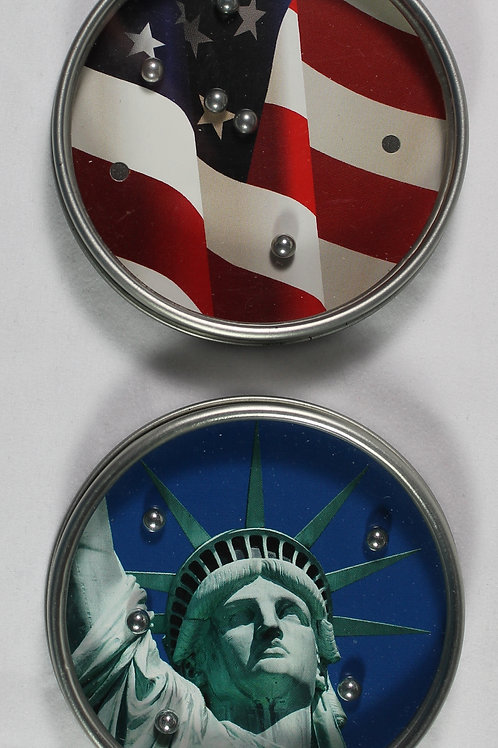 Statue of Liberty and the American flag pocket puzzles