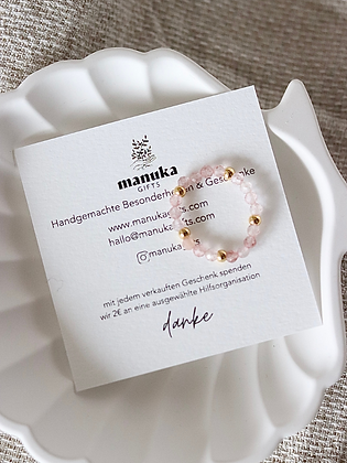 ROSIE | Ring aus Heilstein Rosenquarz mit 14k Gold-Filled Perlen