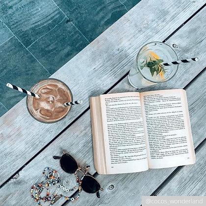 Bloggerin Cocos Wonderland / Carolin Färber und ihre Brillenkette Nora