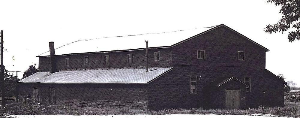 1971 Gym photo