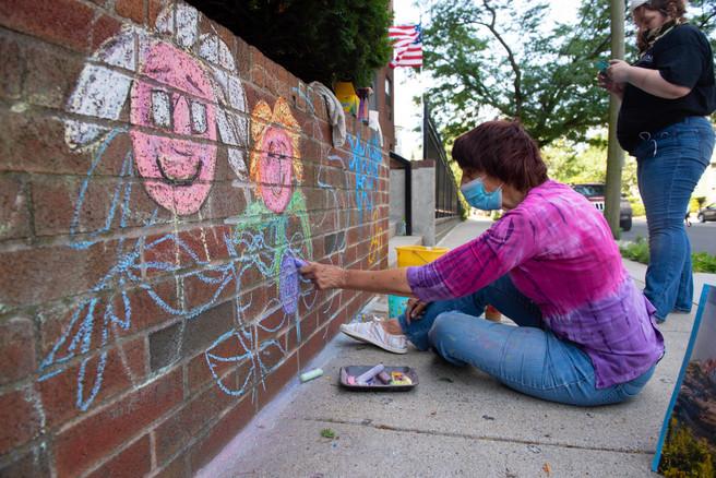 Marianne Ramos creates her mural
