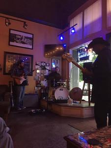 Maxwell's Cigar Bar - Live music