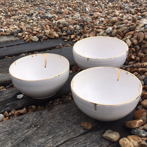 Set of 3 Creamware bowls