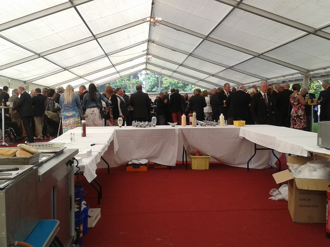 Dukes BBQ & event (3) - Gingham caterers
