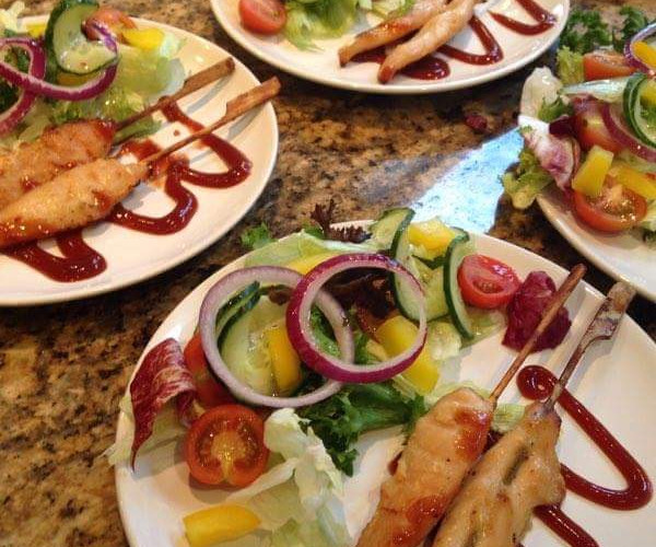 Chicken Skewers Dinner Starters - Gingham caterers