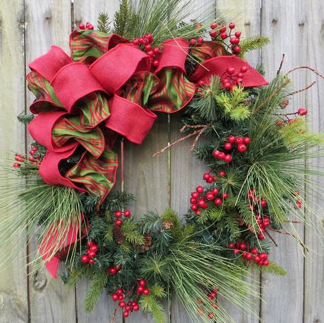 holiday-christmas-wreath-natual-winter.j