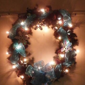 lighted wreath_edited.jpg