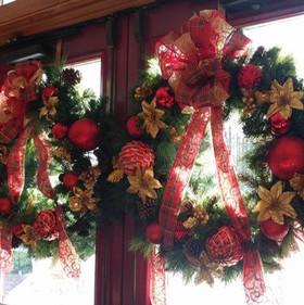 Wreaths_edited.jpg