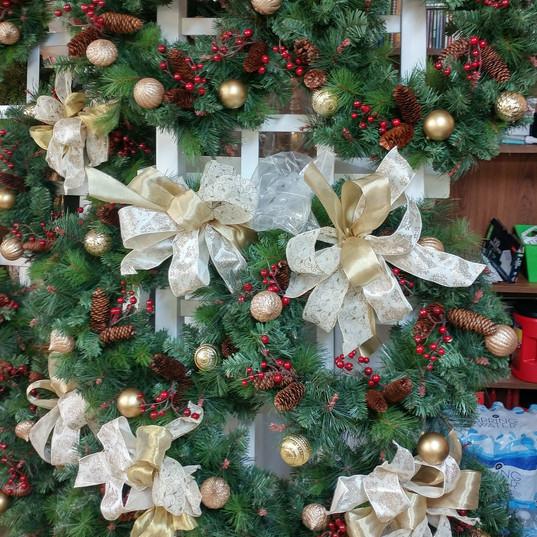 window wreaths.jpg