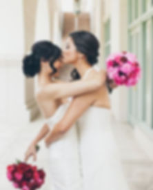 red and hot pink bouquets.JPG
