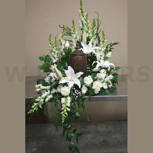 white urn wreath.jpg