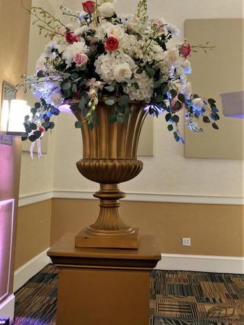 massive urn design.jpg