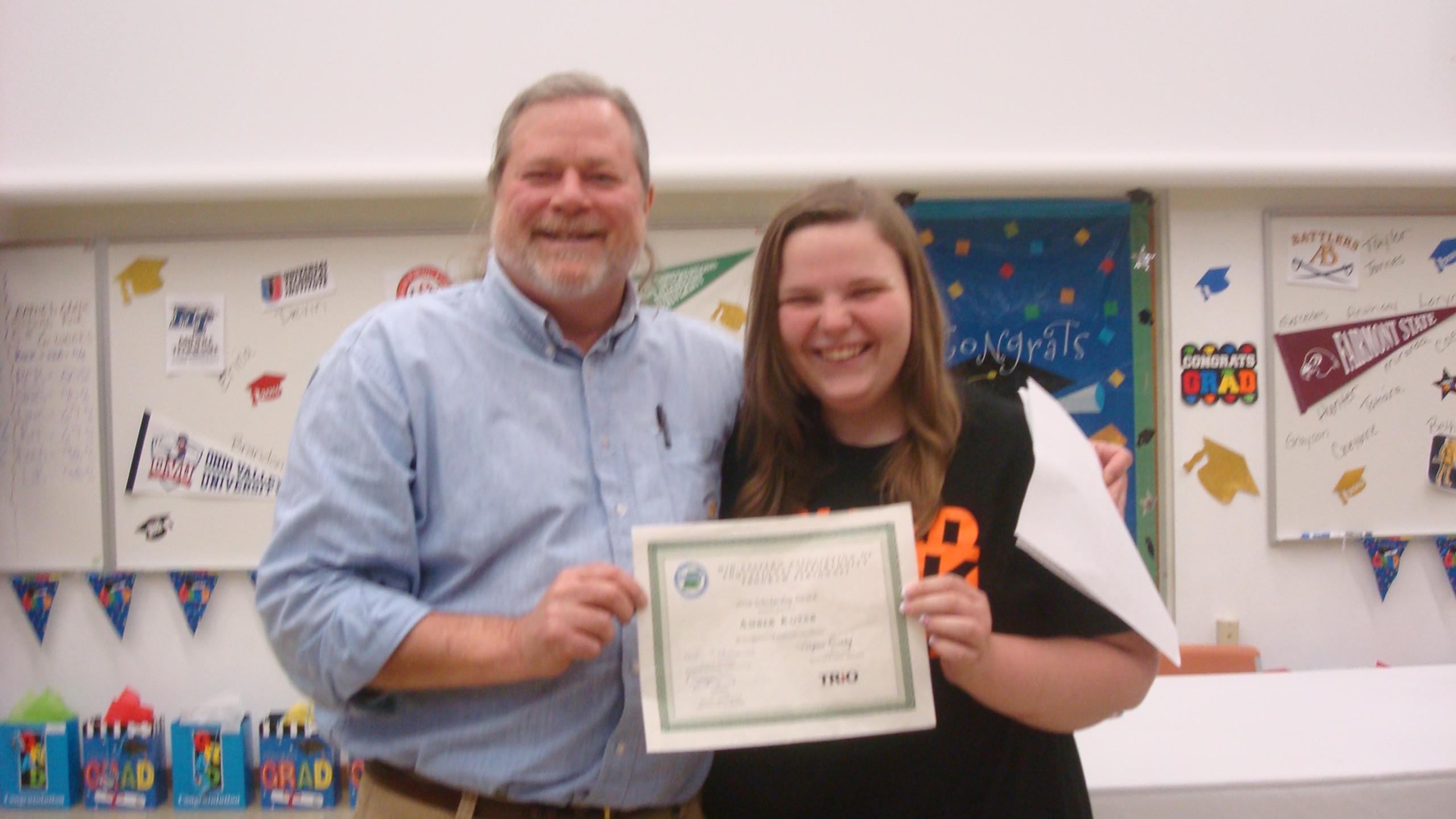 Amber Kovar receiving the MEAEOPP Scholarship!