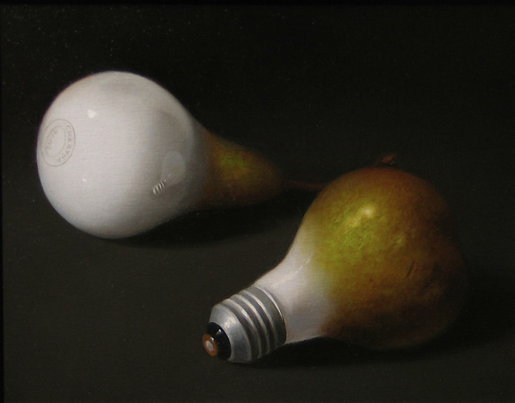 MORPHING PEAR AND LIGHT BULB