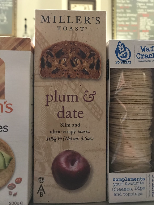 Savoury Plum and Date crackers for cheese