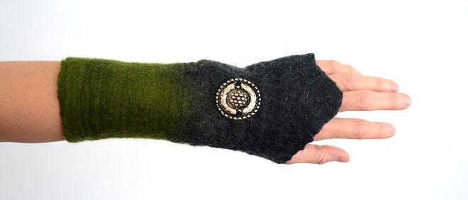 manchettes en laine feutrée fait main par Rasmania