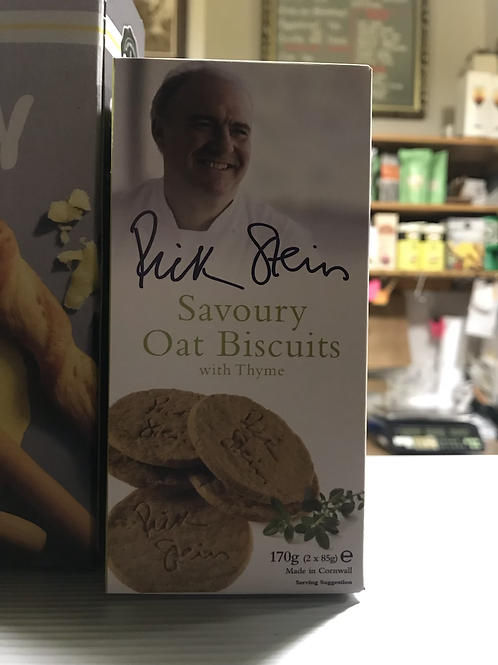 Savoury oat biscuits with thyme